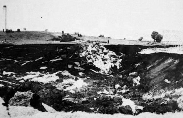 Knockshinnoch crater